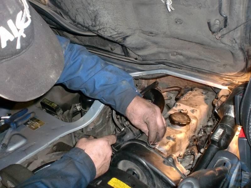 Замена прокладки клапанной крышки Porter